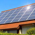 255012-energia-solar-no-verao-voce-sabe-como-ela-funciona-nessa-epoca-do-ano-1280x640